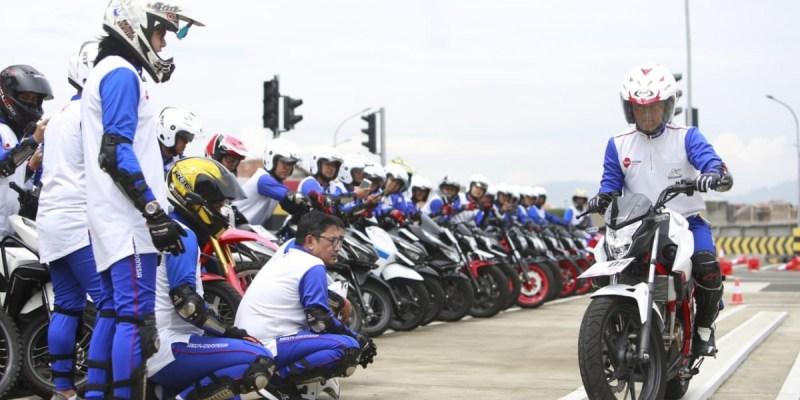DAM Gelar Safety Riding Competition, Bikin Jurnalis Lebih Pintar