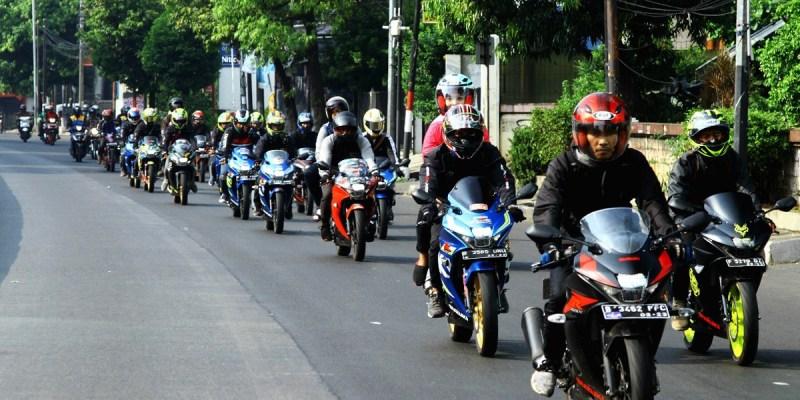Shop&Bike dan Pirelli Indonesia Gelar Sunmori Bersama Komunitas