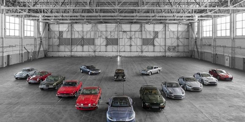 Aston Martin Rayakan 70 Tahun Edisi 'Vantage'