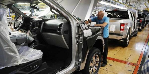 Imbas COVID-19: Ford, GM & FCA Hentikan Produksi di AS