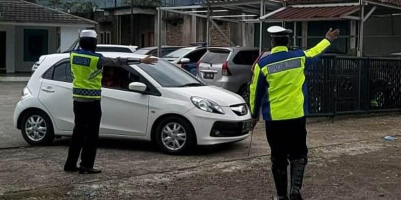 Hari Kelima Larangan Mudik, Polisi Usir 12.156 Kendaraan