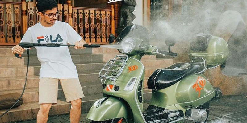 Kompetisi Digital 'Live at Home' Bagi Pecinta Vespa