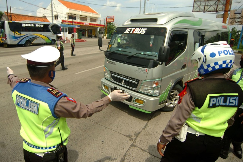Larangan Mudik, Kepolisian Putar Balikkan 461.206 Kendaraan