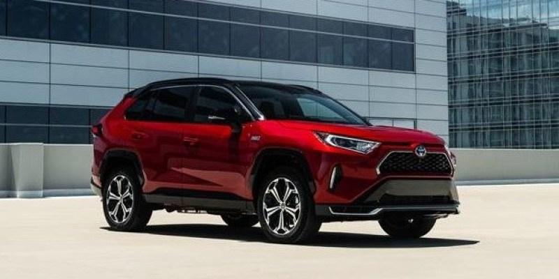 Toyota Umumkan Harga RAV4 Prime Hybrid