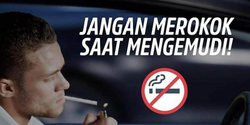 Jangan Main-Main! Merokok Sembari Mengemudi Bisa di Penjara