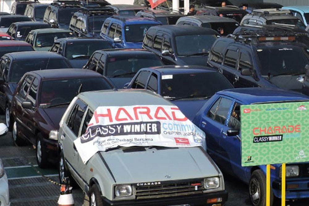 Komunitas Ini Tidak Ragu Mudik Pakai Mobil 90'an