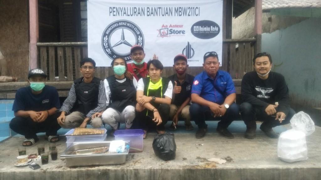 MB W211 CI Salurkan Bantuan ke Korban Banjir Bandang Sukabumi