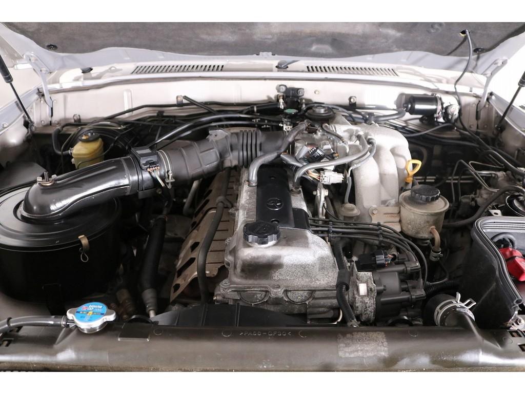 """Toyota Land Cruiser """"Wonder"""", Bodi Sasis Seri 80 Namun Berwajah Seri 60"""