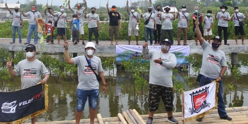 Cegah Abrasi, Velozity Chapter Tangerang Tanam 1000 Mangrove