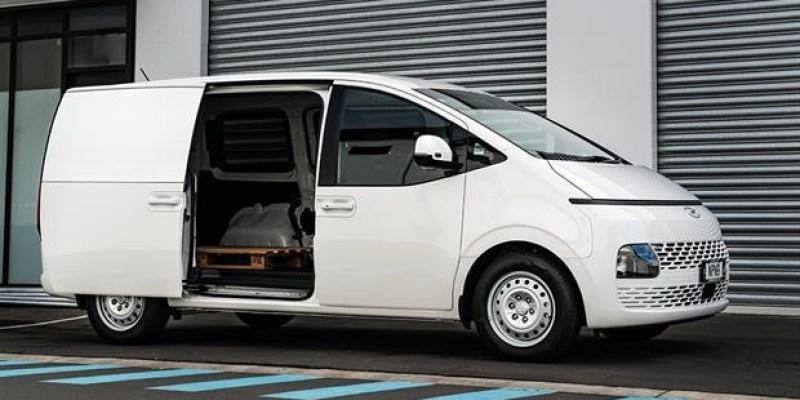 Tanpa Kaca Belakang, Inilah Hyundai Staria Versi Blind Van