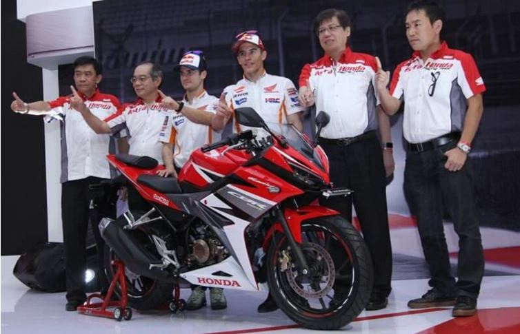 Spesifikasi Duo CBR Lokal All New CBR150R 2014 Dan Facelift 2016