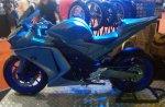 Yamaha R25 V-Rossi kanan