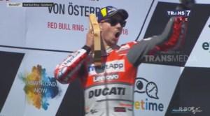 Smart! Lorenzo Kuasai MotoGP Austria Dengan Ban Soft Kalahkan Marquez