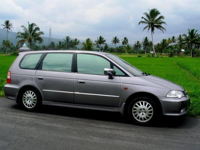 Kelebihan dan Kekurangan MPV Honda Odyssey 2nd Gen