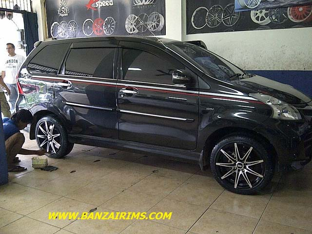 grand new veloz modifikasi all toyota vellfire 45 mobil avanza putih hitam silver otodrift