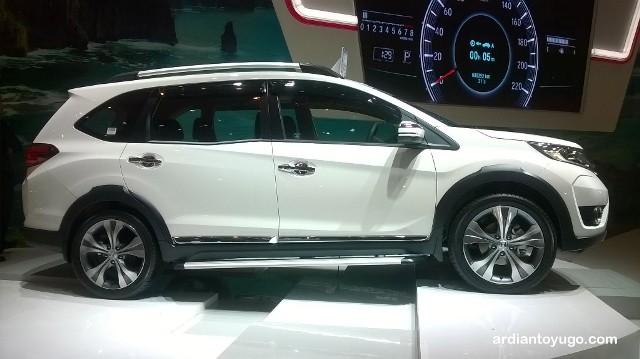 7 Konsep Modifkasi Honda BRV Terbaru