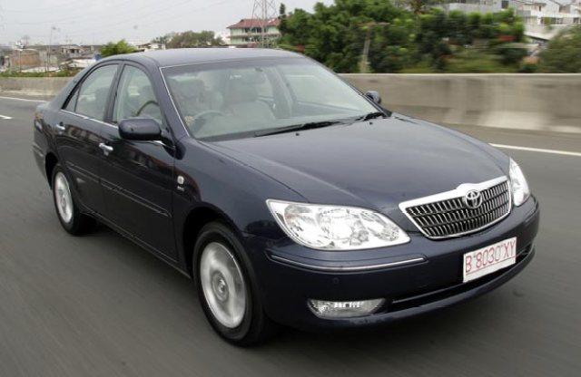 Pilihan Mobil Sedan Bekas Dibawah 100 Jutaan