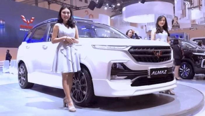 Wuling Motors di IIMS Surabaya 2019