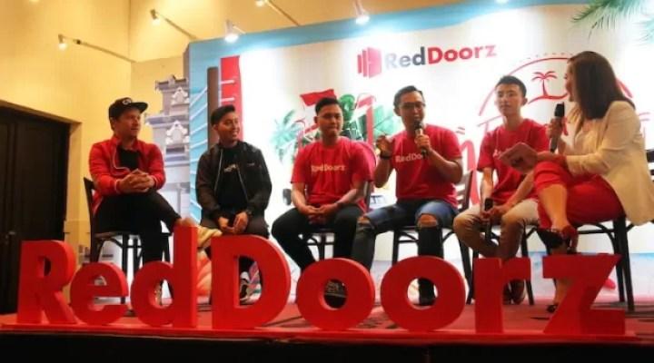 RedDoorz Wujudkan Mimpi Generasi Milenial Jalan-jalan selama Tiga Bulan Gratis