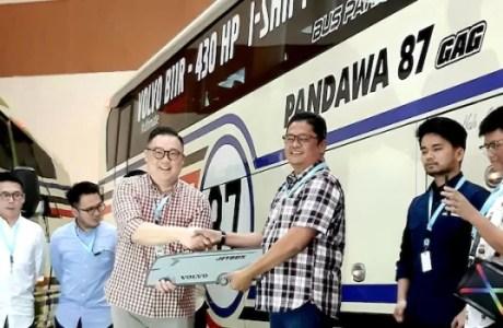 Adiputro Serah Terima Bus Ke Pandawa 87 Di GIICOMVEC 2020