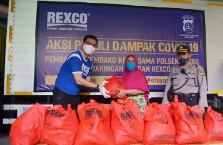 Rexco Pelumas Salurkan Sembako ke Jakarta Utara