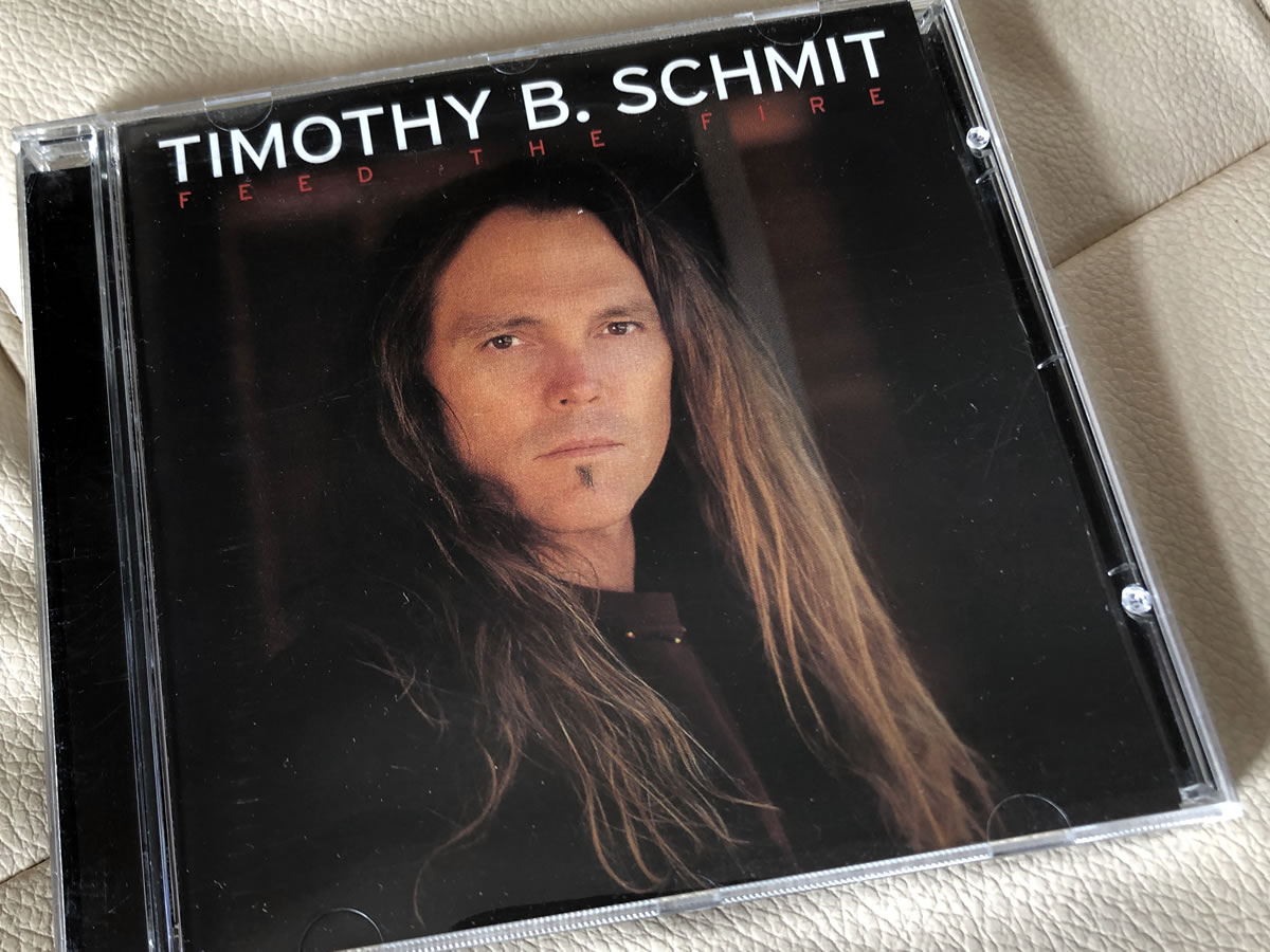 ティモシー・B・シュミット『フィード・ザ・ファイア』を聴く