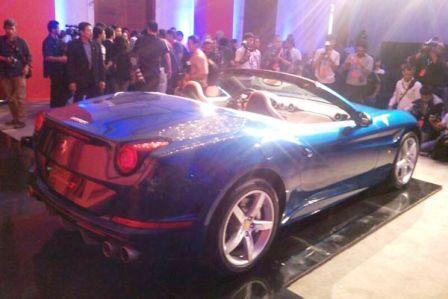 20140604_124145_Launching-Ferrrari-California-T-di-Jakarta