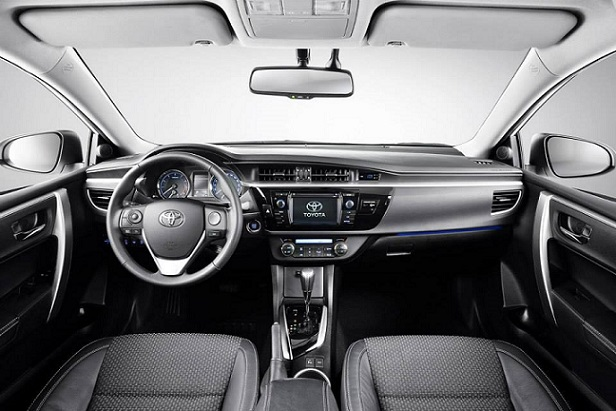 Toyota-Corolla_2014