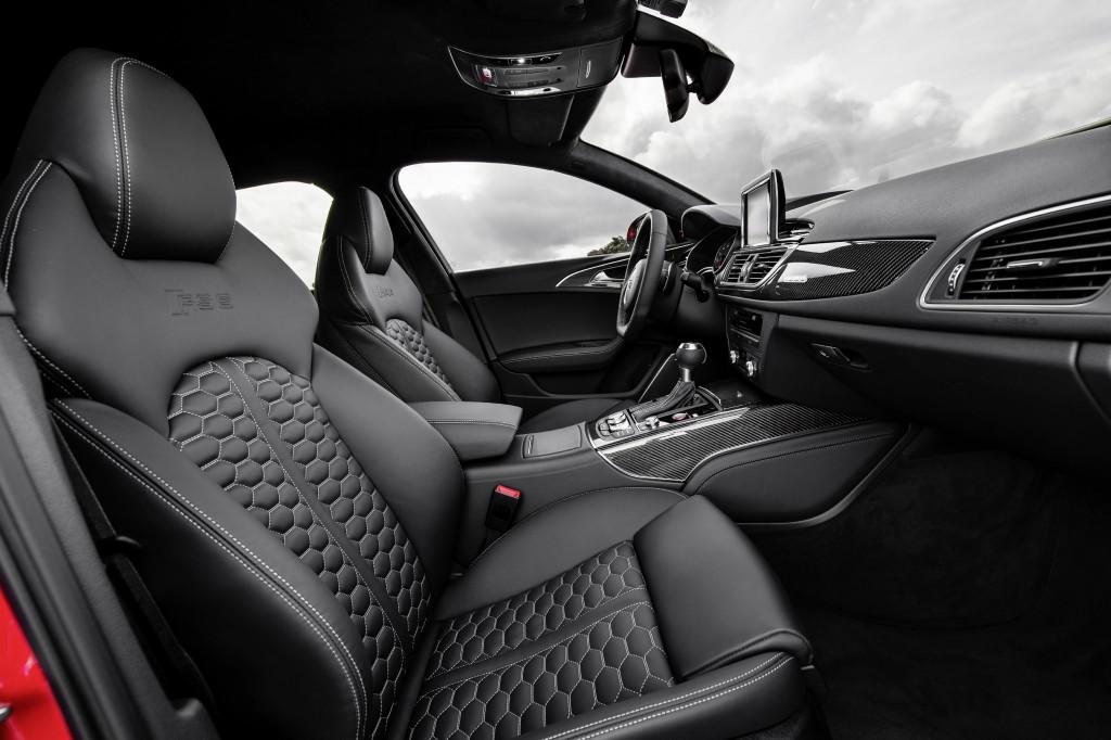 Audi RS 6 Avant    Detail    Verbrauchsangaben Audi RS 6 Avant 4.0 TFSI quattro:Kraftstoffverbrauch kombiniert in l/100 km: 9,6;CO2-Emission kombiniert in g/km: 223