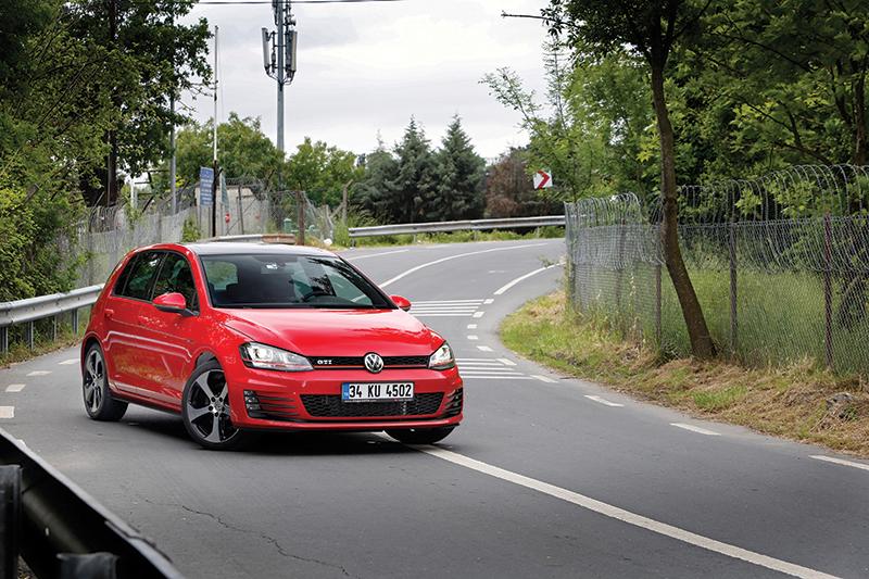 VW Golf GTI Sürüş Deneyimi | Otomobilkolik