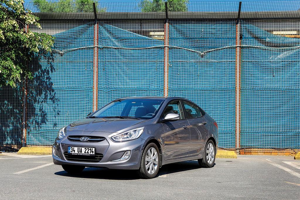 Hyundai-Accent-test1