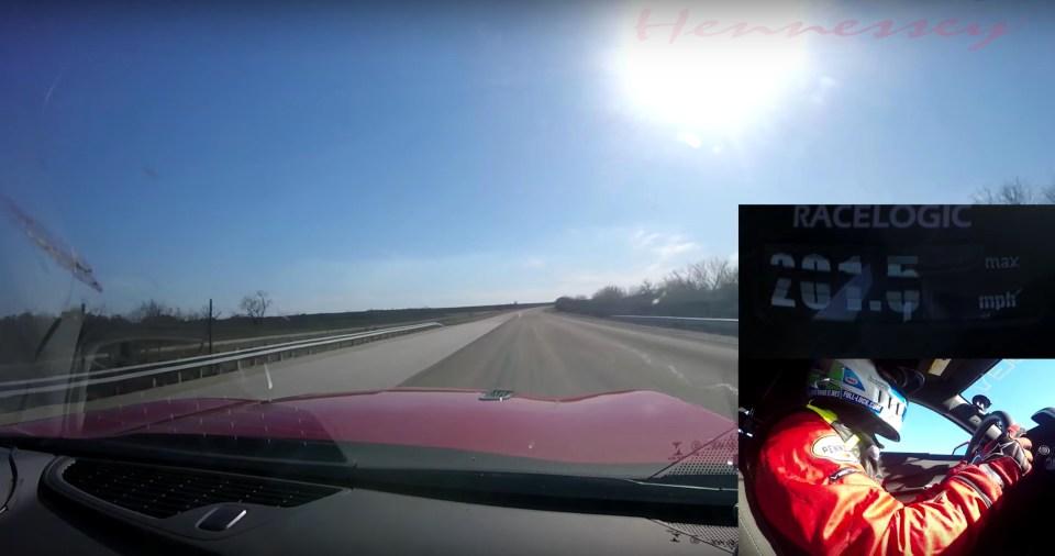 Hennessey Camaro 320 Km/s'yi Geçiyor | Otomobilkolik