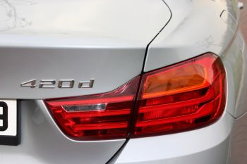 350x233xBMW-420d-xDrive-arka-far.jpg.pagespeed.ic.Q6JcD-8RDk