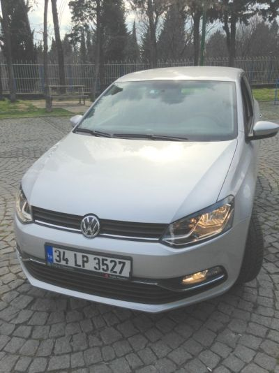 400x534xvw-polo-1.4-comfortline1.jpg.pagespeed.ic.GbF6XuVLQZ