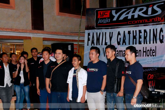 Family Gathering Jogja Yaris Community