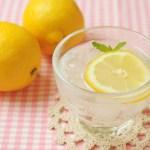 きゅうりとレモンのデトックスウォーター