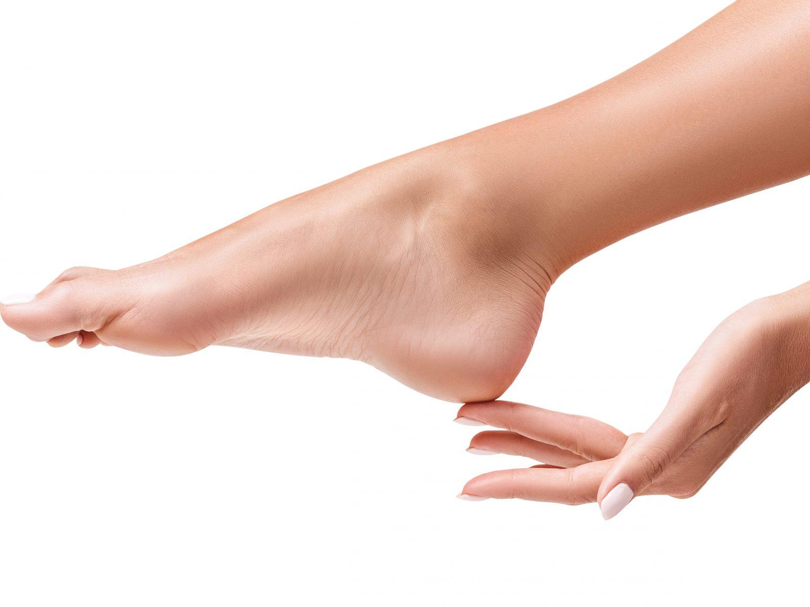足の指でコレできますか?腰痛や肩こりを招く「隠れ扁平足 ...