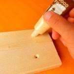 木材のネジ穴を埋めて目立たなくする方法