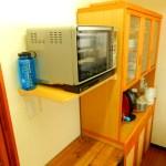 キッチンに電子レンジの棚をDIYで作る!