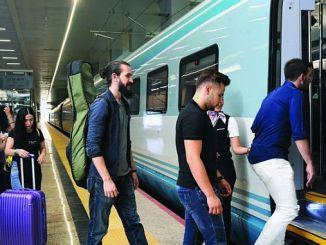 ramazan bayraminda demiryoluyla milyon bin yolcu tasindi