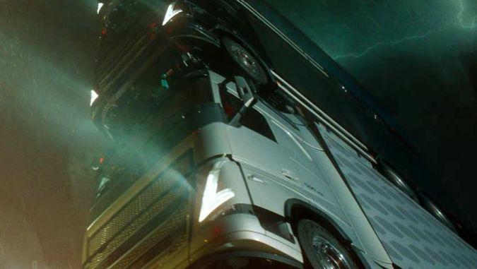 Volvo Kamyonlardan Kule Yaptı