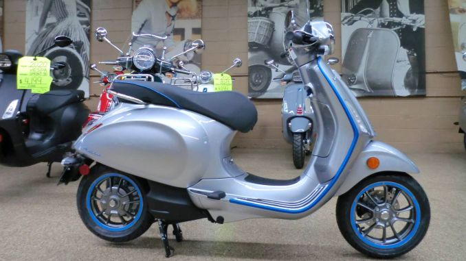 New Electric Vespa Motobike Introduced at Istanbul Fair