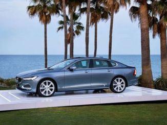 Uus Volvo S üllatab turvafunktsioonidega