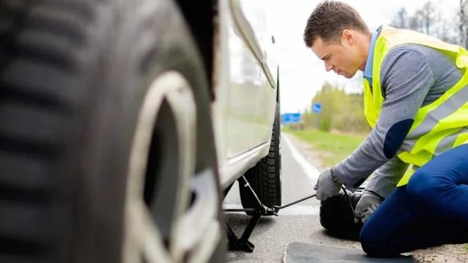 How to Replace a Damaged Tire