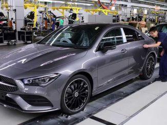 Mercedes 2 Modelinin Üretimini Duruyor