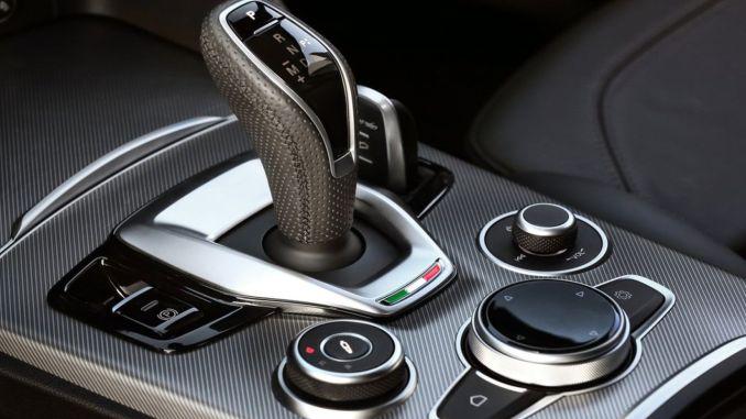 Alfa Romeo Stelvio Gear