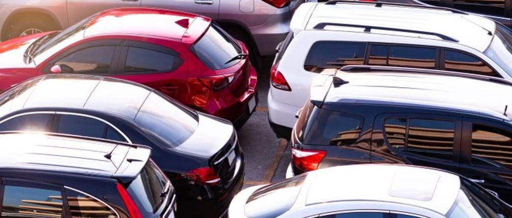 Penurunan harga mobil bekas terus berlanjut