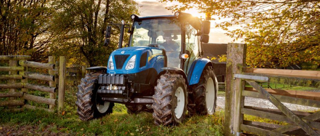 טרקטורים המיוצרים על ידי ניו הולנד עם ציוד נהיגה בטוח יותר פוגשים את החקלאים
