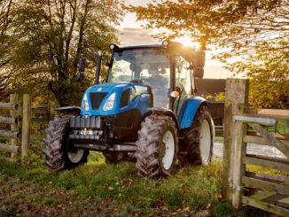New hollandi toodetud traktorid ohutumate sõiduvarustusega kohtuvad talunikega
