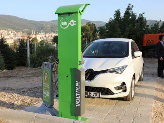 """""""Bursa"""" pagreitinti elektromobilių įkrovimo stočių infrastruktūros darbai"""